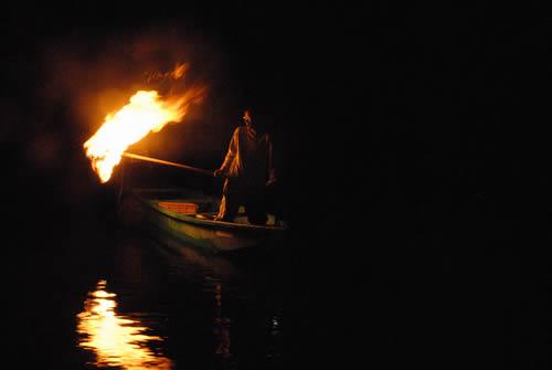 和歌山古座川鮎の火振り漁